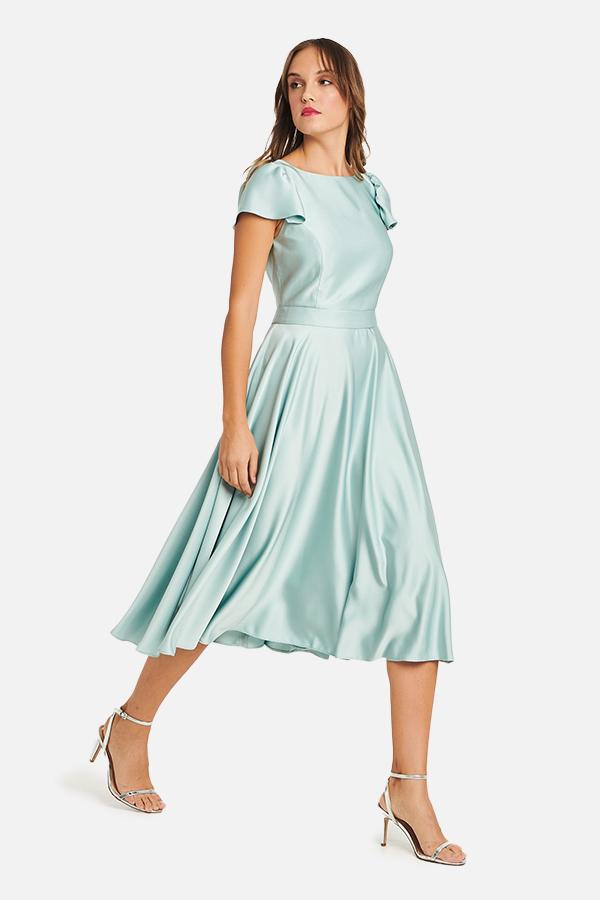 Φόρεμα σατέν εβαζέ με τρύπα πίσω