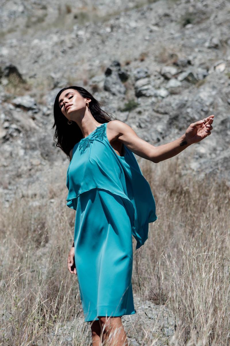 Φόρεμα  κρεπ με μουσελίνα και μοτίφ