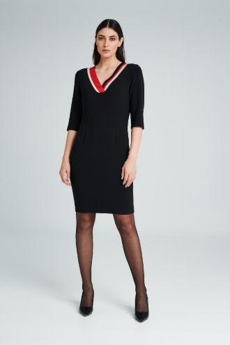 Φόρεμα  με V ντεκολτέ