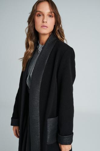 Παλτό με ριπ λεπτομέρειες