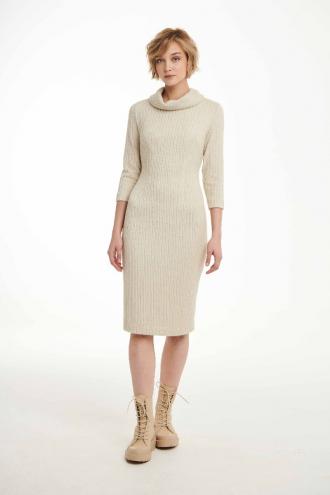 Φόρεμα πλεκτό με γιακά